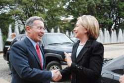 clinton_and_uribe_-_us_state_dept_edit